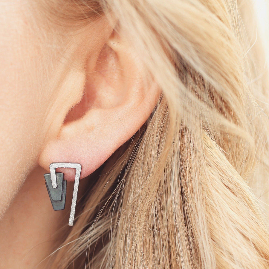 Statement earrings – Art Deco studs