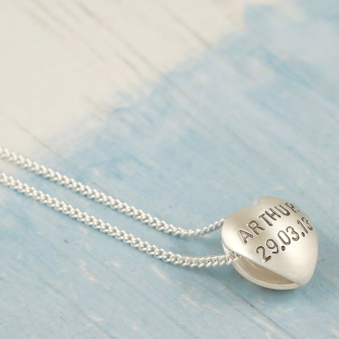 new mother baby name necklace