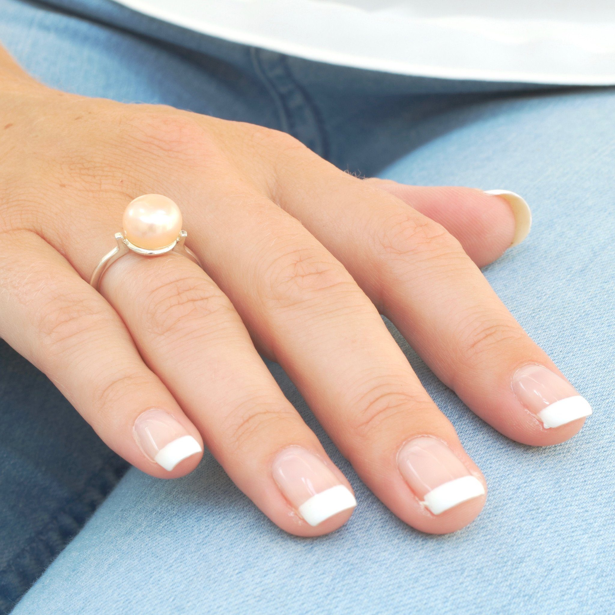 simple silver pearl ring