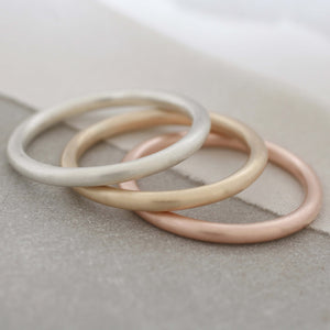 comfort fit gold rings