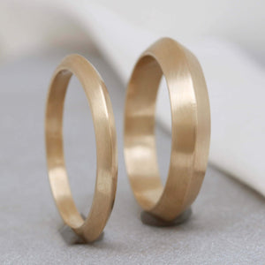ladies 9ct gold ring