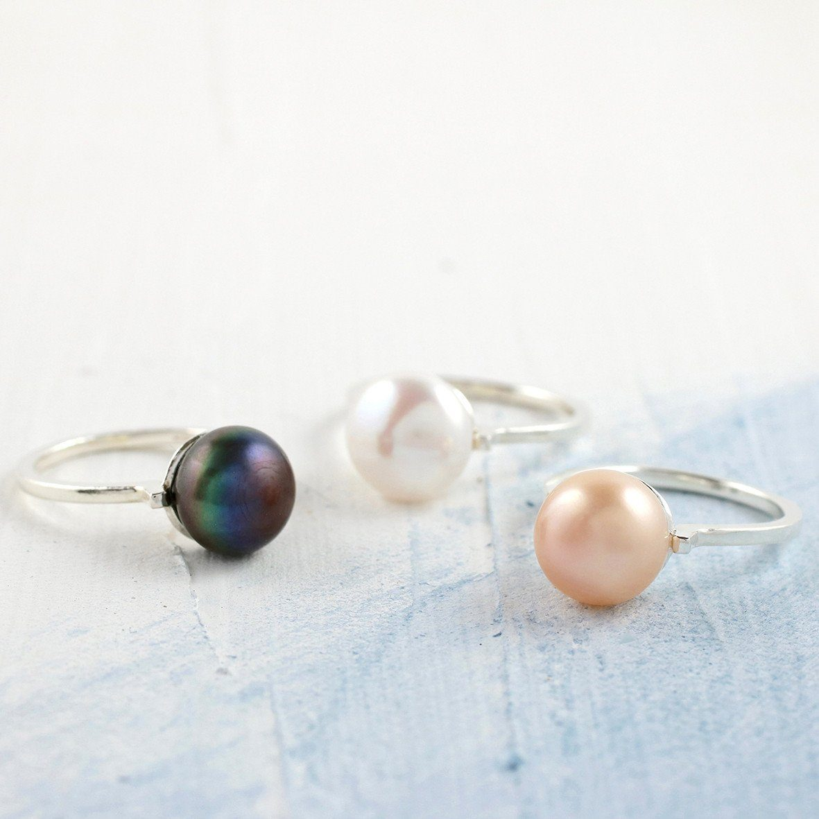 colored pearl rings
