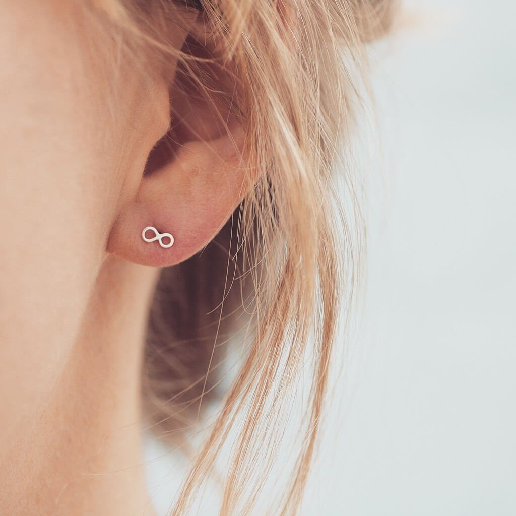 Tiny earrings