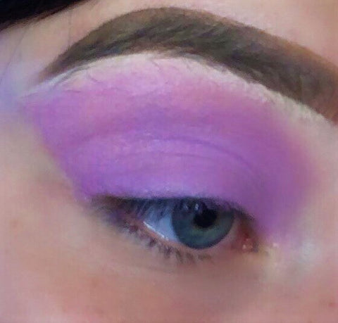 SHEER FANTASY! (Lavender) PRESSED EYESHADOW SINGLE