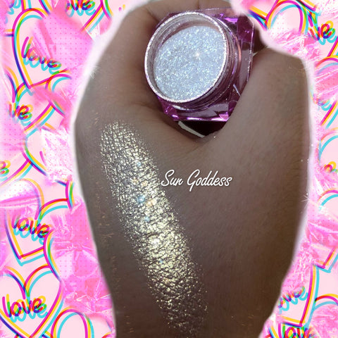 """SUN GODDESS"" Unicorn Glow Highlighter! Dollust Dust - inkeddollcosmetics"