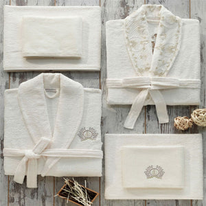 gift set for brides and grooms including bathrobes, bath towels, hand towels and slippers