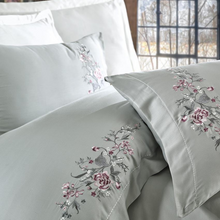 Load image into Gallery viewer, Maldive-blue quilt cover and pillowcases ornamented with bordeaux and grey floral patterns