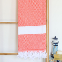 Load image into Gallery viewer, Diamond peshtemal towel made of 100% Turkish cotton