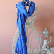 Load image into Gallery viewer, Thin scarf in navy color, made of Turkish cotton