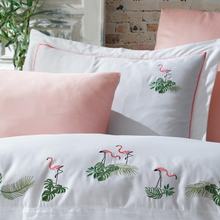 Load image into Gallery viewer, Blush color pillowcases and bed sheet pairs with white duvet cover