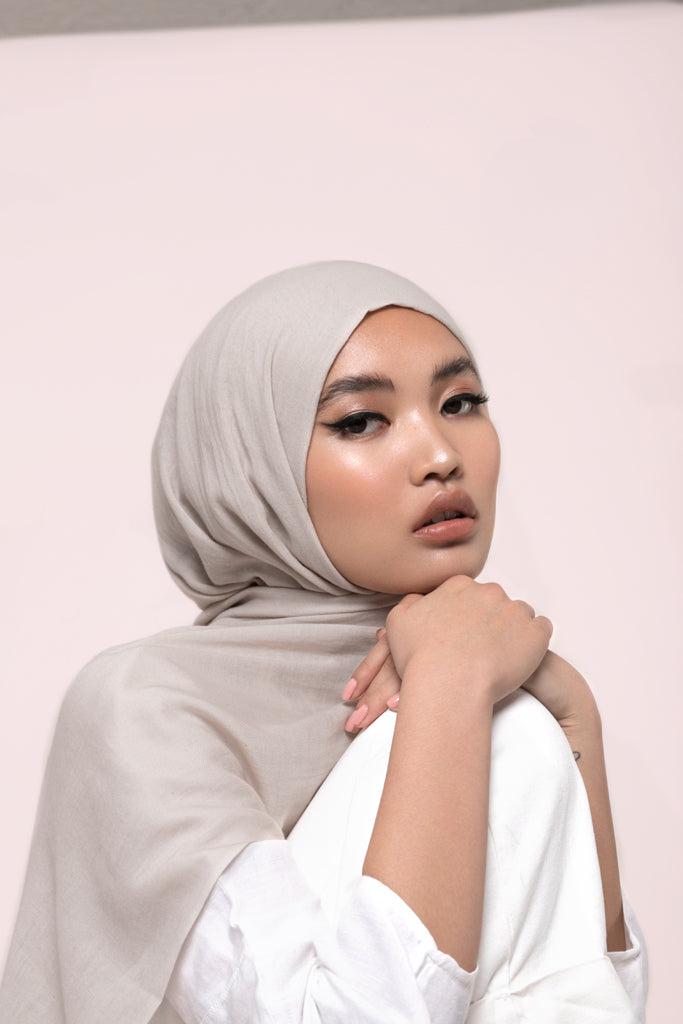 Off-white Cotton Twill Hijab