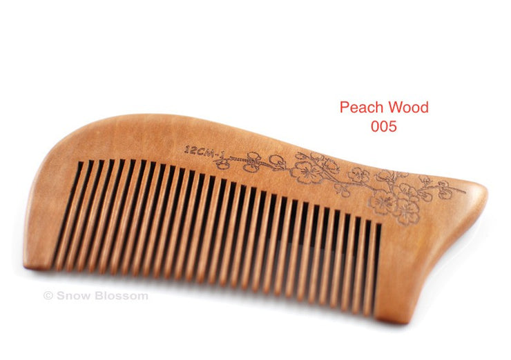 Sweet Peach Wood Comb For Pocket 004 - Snow Blossom Limited