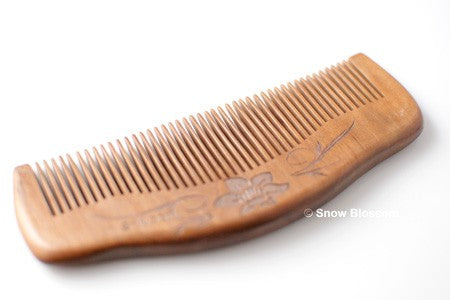 Sweet Peach Wood Comb For Normal Hair 001 - Snow Blossom