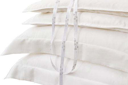Cot Bed Silk Pillowcase - Habotai - Snow Blossom