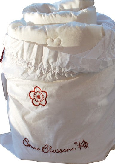 Silk Filled Duvets Encased With Silk - Snow Blossom