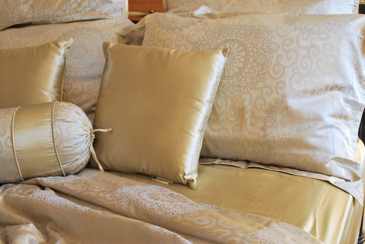 22 Momme Silk Pillowcases - Orential Lace - Snow Blossom