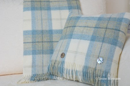 Pure New Wool Blanket Checks - Snow Blossom