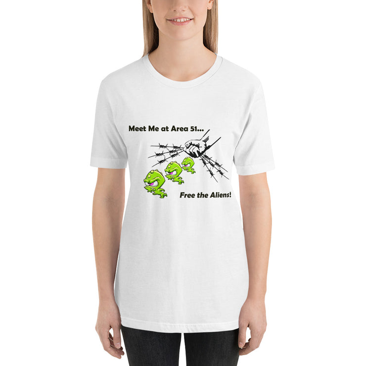 "Alien Wear - Short-Sleeve Unisex T-Shirt - ""Alien Free"""