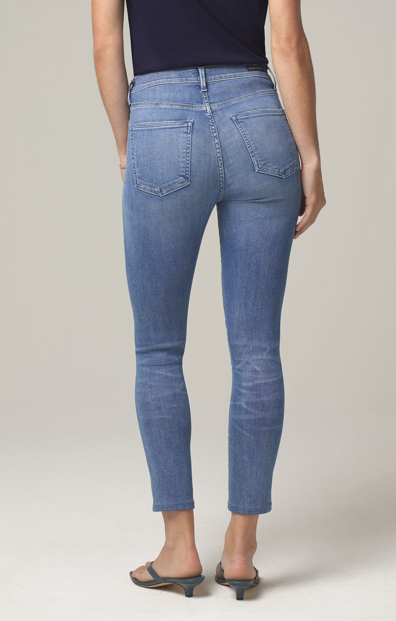 rocket crop mid rise skinny fit pirouette back