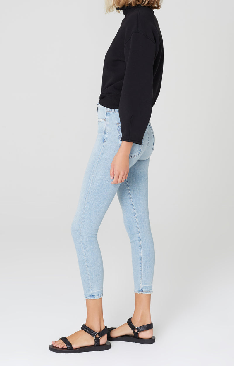 Rocket Crop Mid Rise Skinny Fit Soft Fade Side