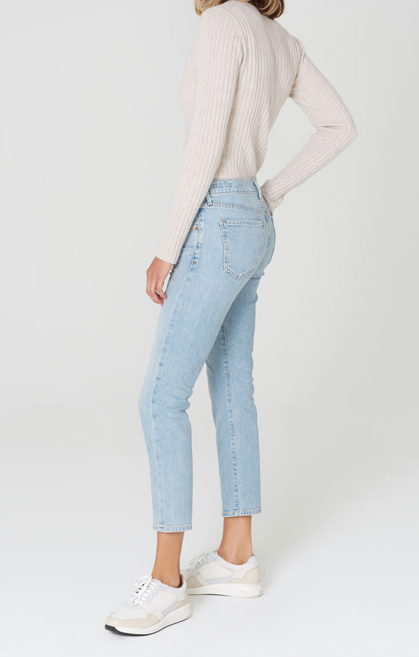 elsa mid rise slim fit crop try me side