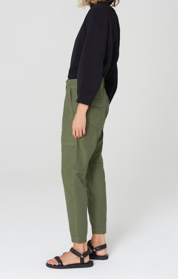 harrison tapered pant laurel side
