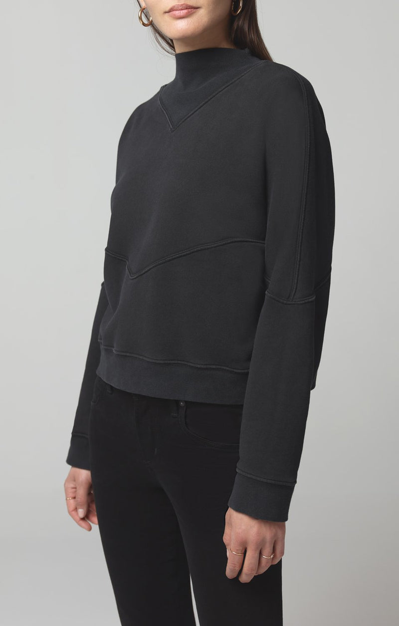 rumor v sweatshirt vintage black detail
