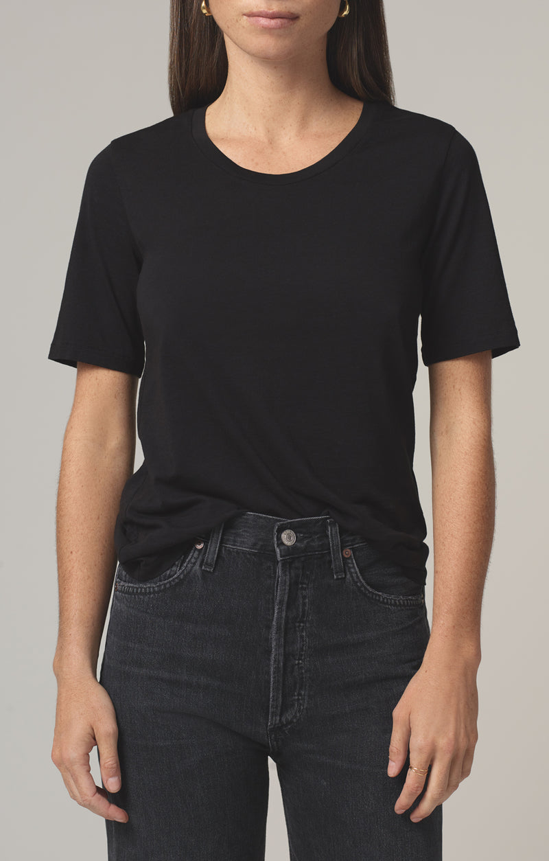 janelle scoop neck tshirt black front