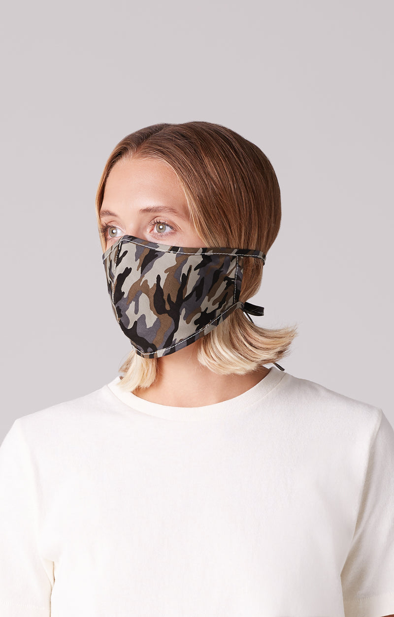 cotton mask 2 pack camouflage on model