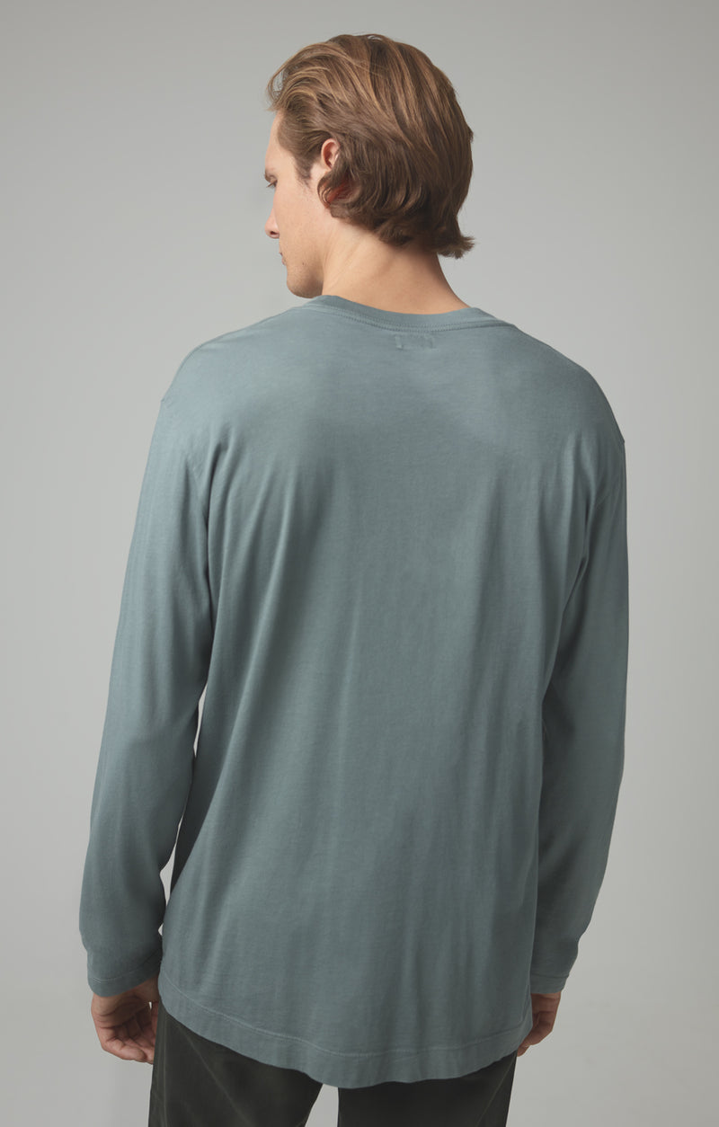 Workday Long Sleeve Tee in Leaf Back