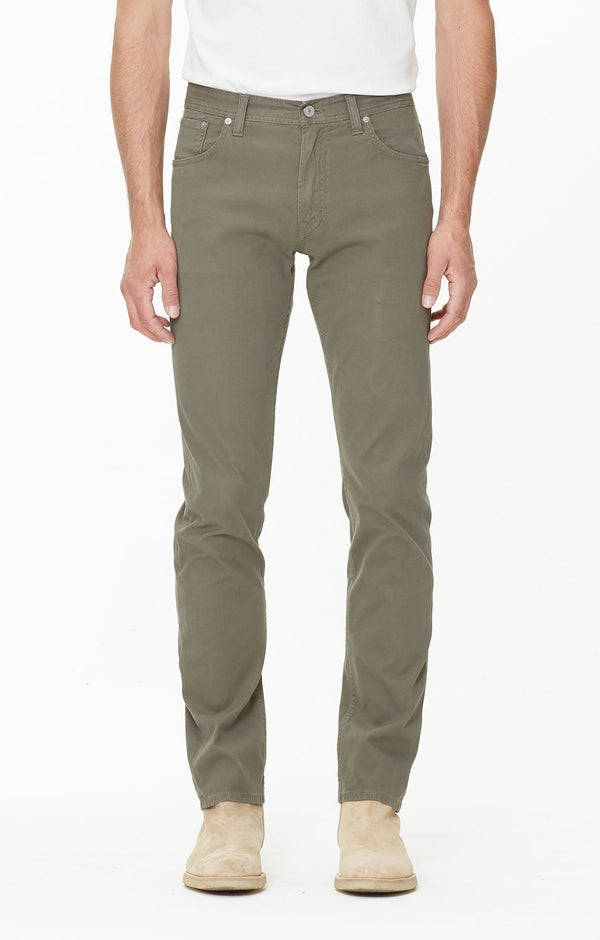 bowery standard slim fit berlin back
