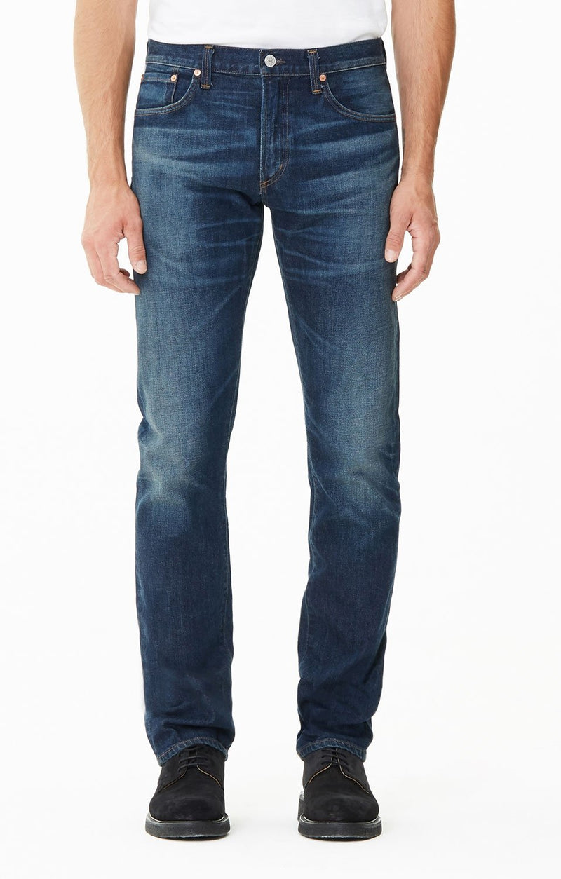 core slim straight fit hesperia side