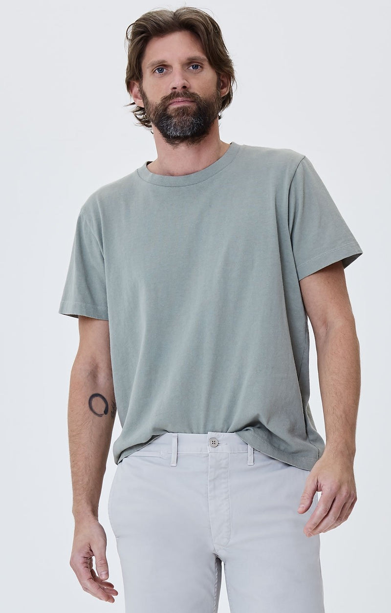 everyday short sleeve tee shirt leaf front
