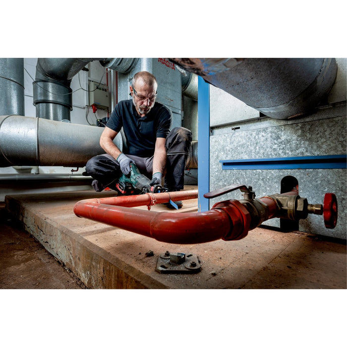 Metabo Saw 602267850 Cutting drainage pipe