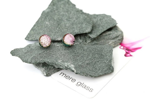 MERE GLASS Exquisite Studs - Cool Pink