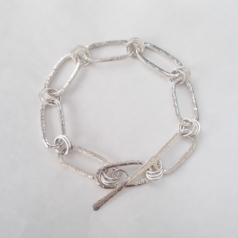 products/Silver_bracelet.png