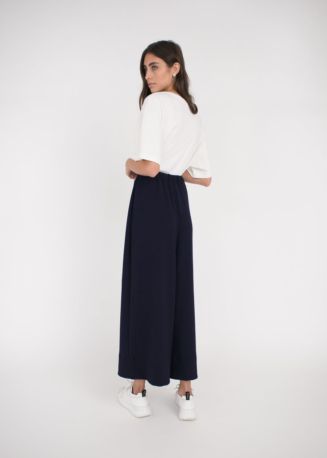 AURA Studios AW Collection Relaxed Pant Navy Spot