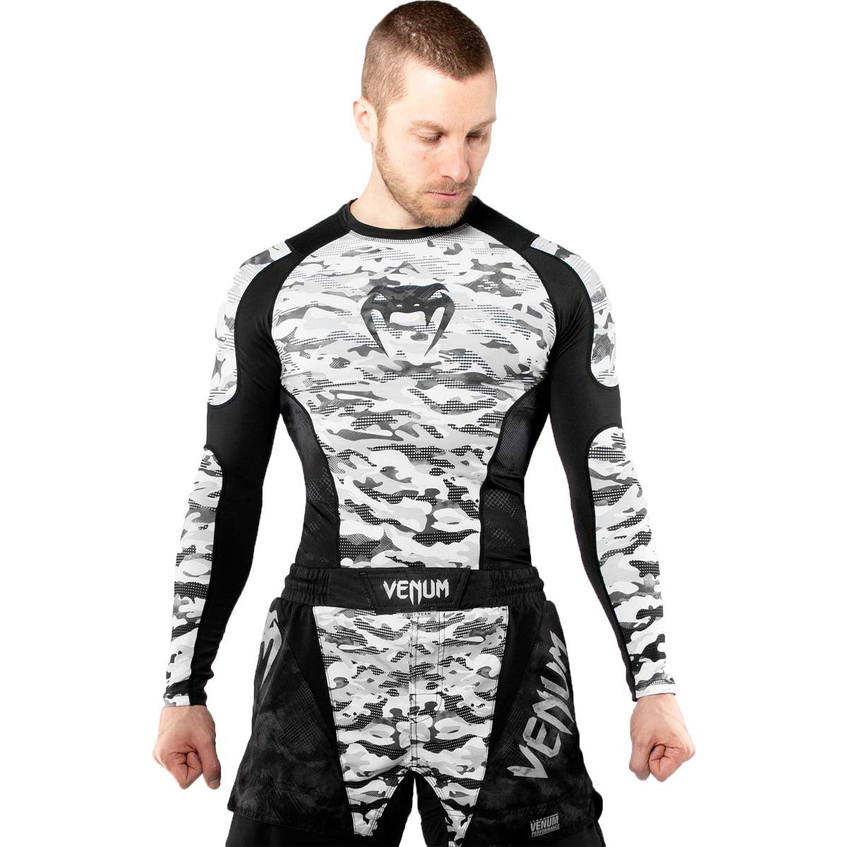Venum Defender Urban Camo Long Sleeve Rash Guard /Black |  | Fight Co
