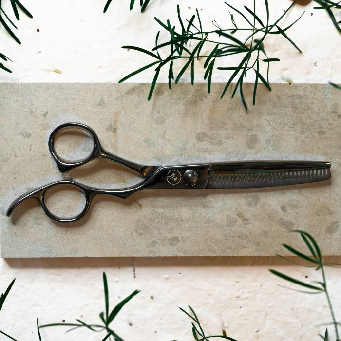 Leaf 'Black Edition' Texturising Scissor.
