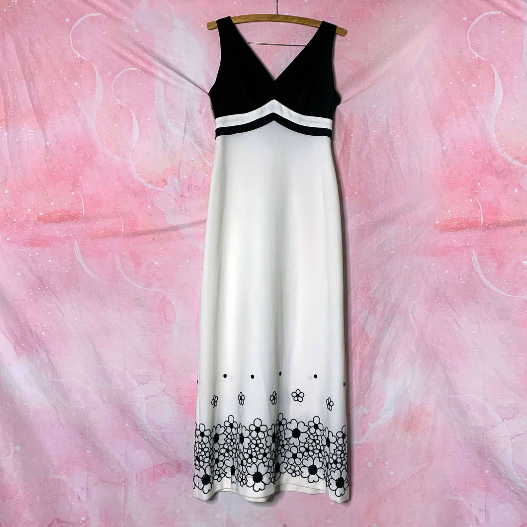 vtg b & w floral embroidery maxi dress