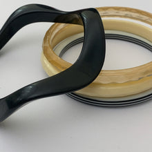 Load image into Gallery viewer, vtg black & white mod bangle set