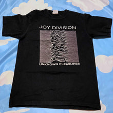 Load image into Gallery viewer, vintage JOY DIVISION unknown pleasures youth tee