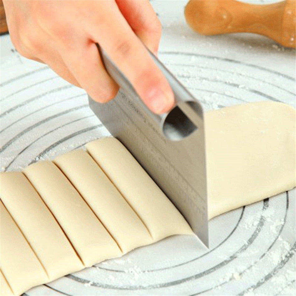 Durable Stainless Steel Pizza Dough Fondant Scraper Cutter Cake Baking Pastry Spatulas Cutters Tough Kitchen Tool Accessories