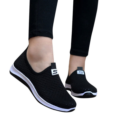 Image of Women Flat Plus Size Breathable Mesh Sneakers Summer Slip On Platform Knitting Flats Soft  Fashion 2019  Red  Walking Shoes