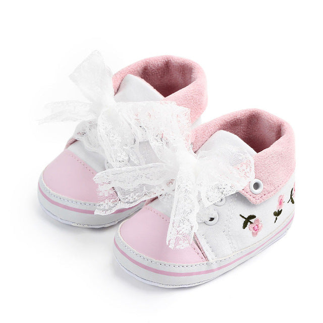 Baby Girl Shoes White Lace Floral Embroidered Soft Shoes Prewalker Walking Toddler Kids Shoes First Walker free shipping