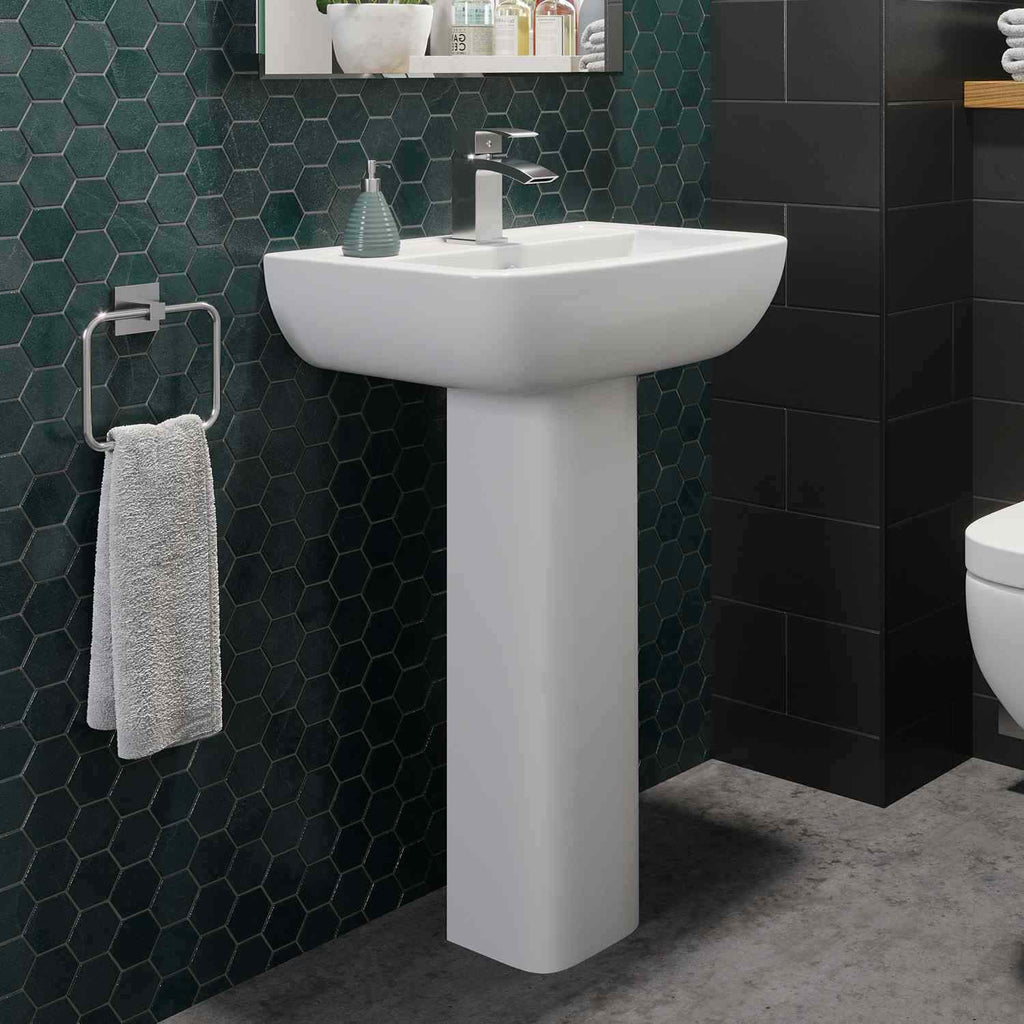 Complete Bathroom Suite Straight Bath Close Coupled Toilet Basin Shower Screen