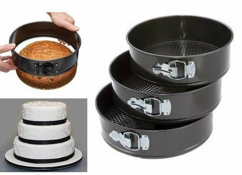 Sets of 3 and 5 Cake Tins