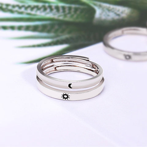 Image of Women and  Men Lovers Unique  Wedding Rings