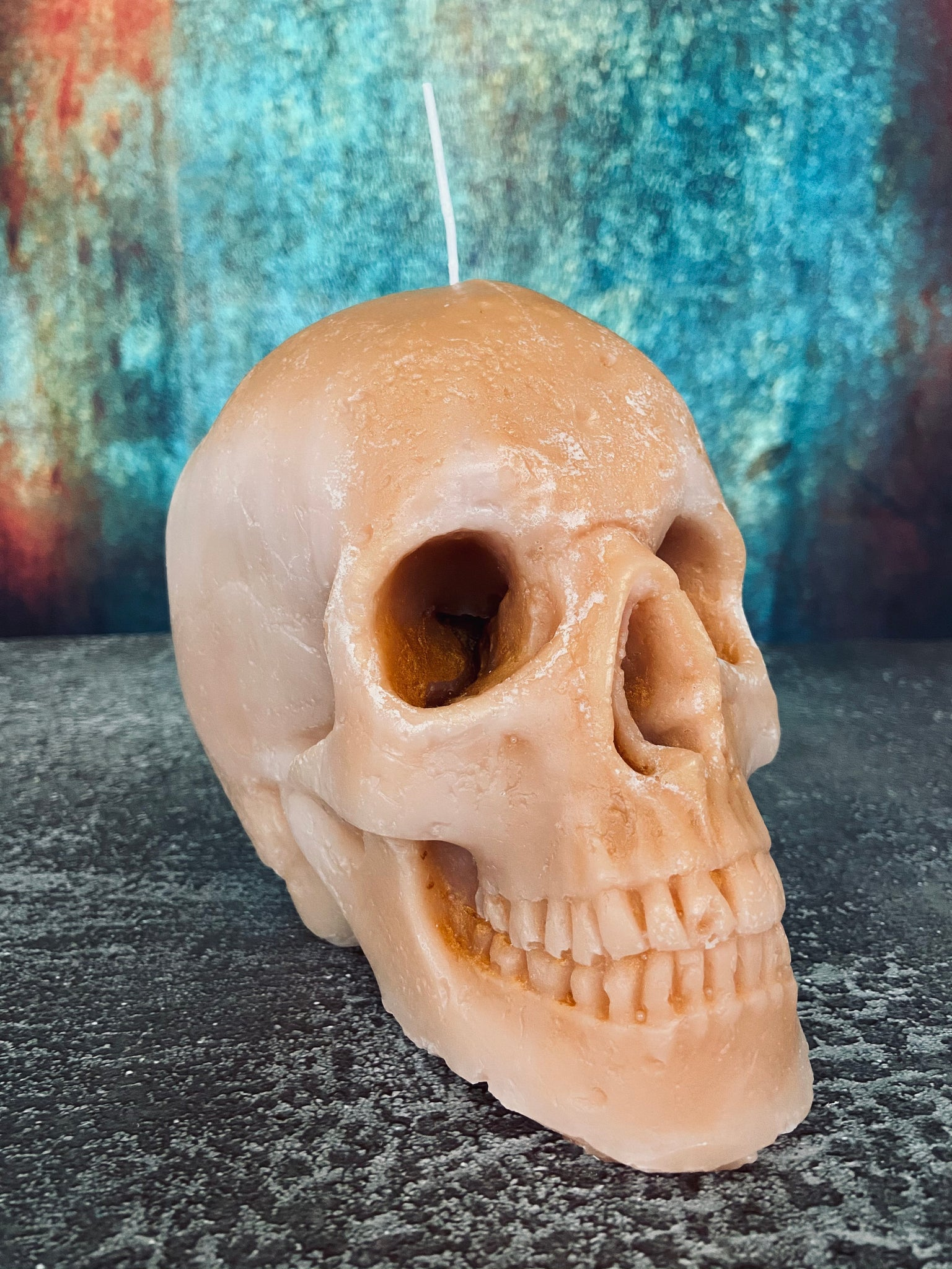'Cursed Treasure' Skull candle