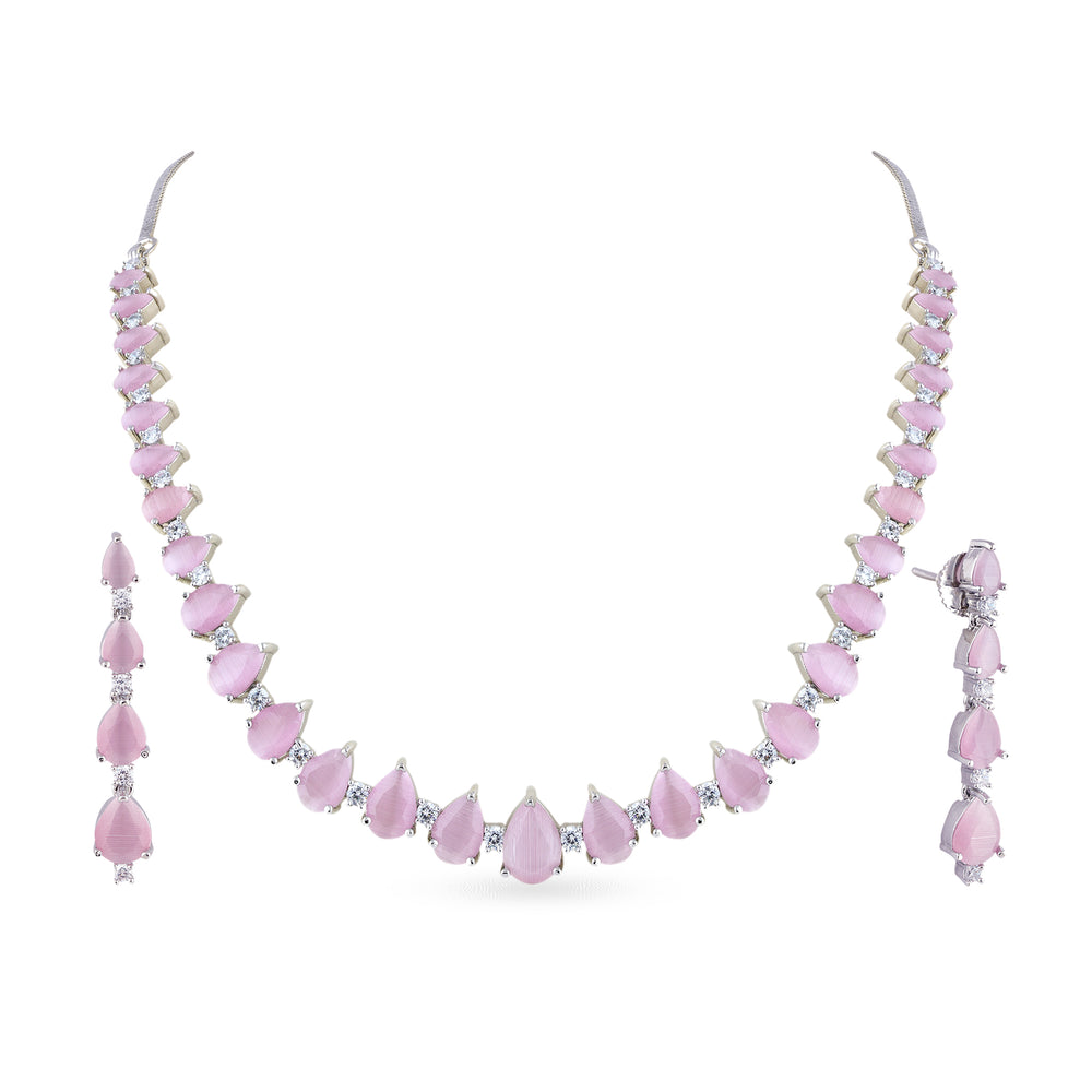 Load image into Gallery viewer, Choker with matching earrings.